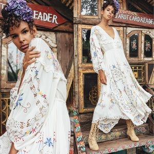 Fillyboo OnCe Upon a Song Embroidered Maxi Dress M